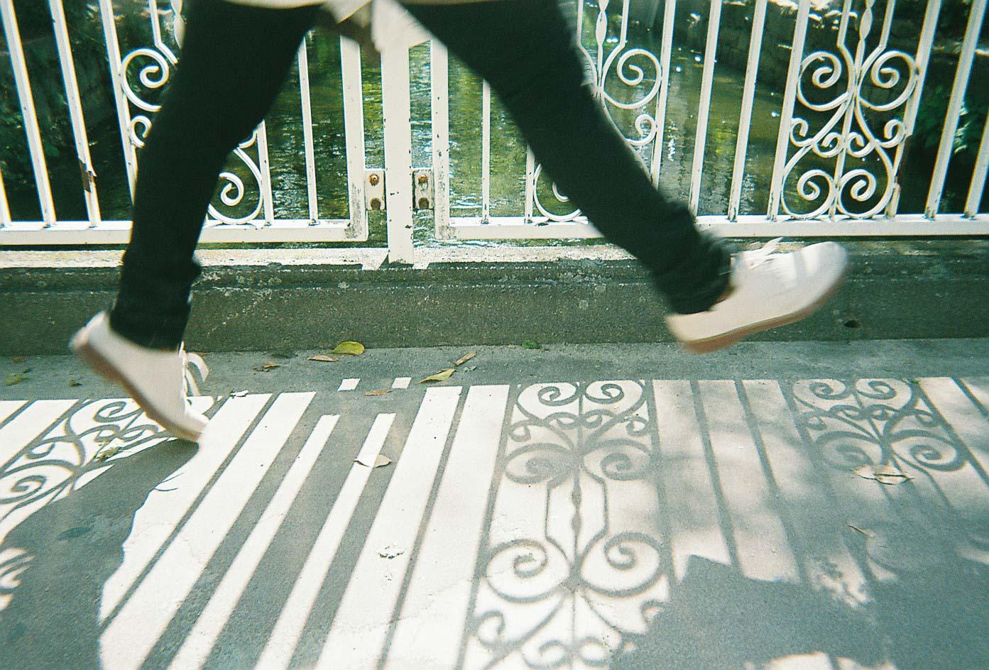 Hiro_takingPhoto-6