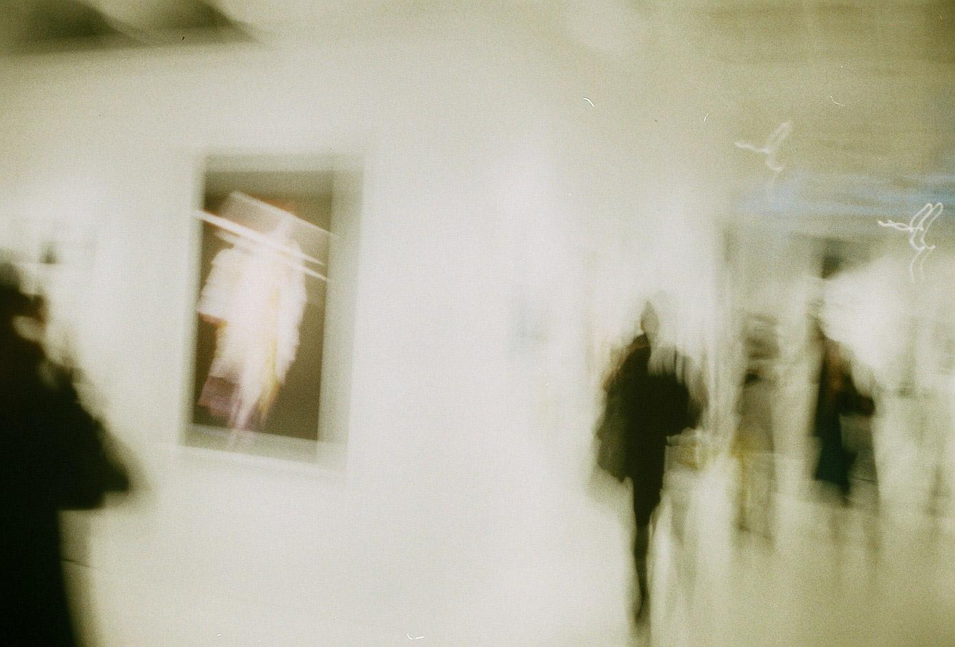 Hiro_takingPhoto-13
